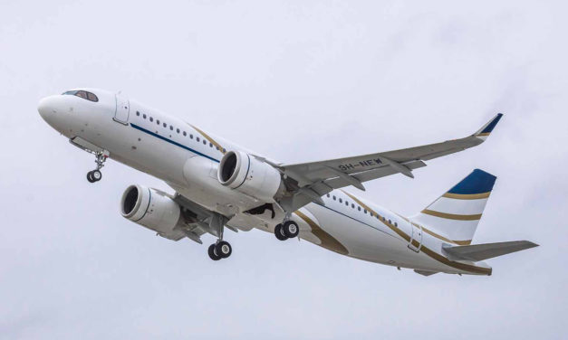 Comlux takes delivery of its first ACJ320neo