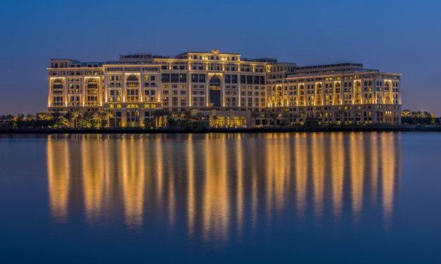 Palazzo Versace Dubai: Greatness & Opulence