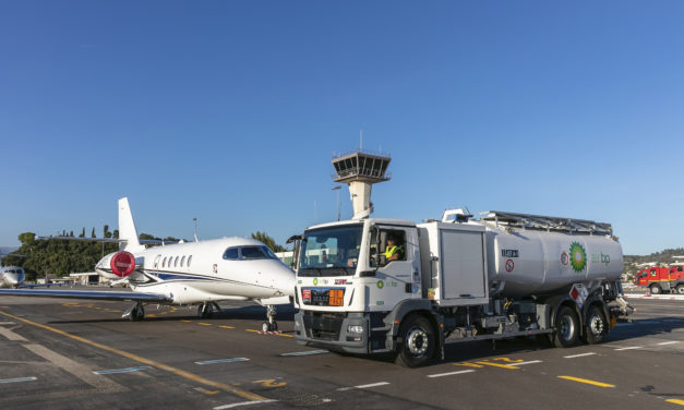 AIR Bp renews contract at Cannes mandelieu airport